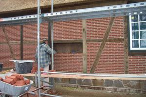 """Für das Verfugen und Mauern von Ziegeln und Mauerwerkssteinen – auch in Kombination mit Fachwerkkonstruktionen – stehen ebenfalls verschiedene Lösungen mit """"Bremer Muschelkalk"""" zur Verfügung"""