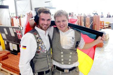 Christoph Rapp und sein Trainer Kevin Schulz (rechts)
