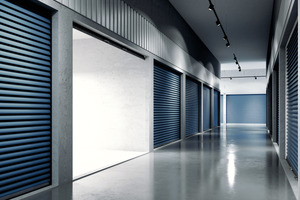 Auch große Flächen können im Airless-Spritzverfahren mit Acryllacken sehr effizient bearbeitet werden
