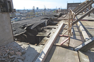 Das verfallene Gebäude wurde komplett entkernt und von innen in Stahlbetonbauweise neu errichtet