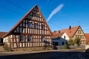 Seit 1836 im Familienbesitz: Das denkmalgeschützte Fachwerkhaus im mittelfränkischen Langensteinach