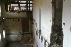 Alte Holzbalkendecken mussten zum Teil entfernt …