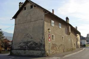Der Ansitz Schneeburg im Südtiroler Örtchen Eppan vor …<br />Foto: Josef Pardatscher