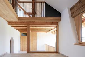 Schlafzimmer mit Tonnengewölbe in der Ferienwohnung im zweiten Obergeschoss