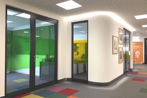 Rechts: Eingang in das Bürogebäude