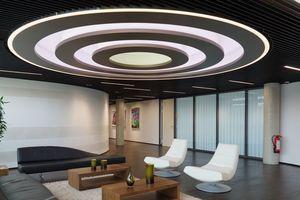 Die fertige Lampenkonstruktion im Empfangsraum des Vorstandsbereiches<br />Foto: Brainlab AG