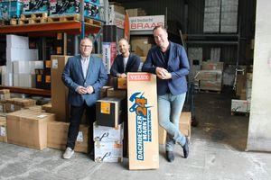 Das Führungsteam von Dachdeckermarkt24 (von links): Heiko Mohnberg, Geschäftsführer, Denis Dibold, Kreativ-Chef, und Urs Nies, Leiter E-CommerceFotos: Stephan Thomas