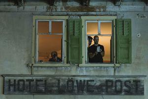 """Beobachten konnte man das Spektakel vom benachbarten """"Hotel Löwe Post"""""""