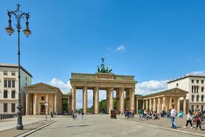 Das Eurokristall-System wird seit Jahren für die Sanierung von Wasserschäden eingesetzt, zum Beispiel am Brandenburger Tor in Berlin