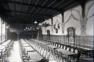 Historische Aufnahme des Rittersaales der Malteser-Gaststätte