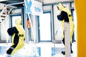 Im O.S.T. Trainingszentrum Cuxhaven bietet die<br />Wasserübungshalle optimale Bedingungen, eine maritime Zusatzausbildung zu absolvieren. Diese ist für Mitarbeiter im Offshore-Bereich unabdingbar, um im Ernstfall gerüstet zu sein