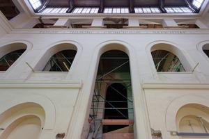Im Zuge der Sanierung des Museums wurden ca. 4000 m² Deckenkonstruktionen überarbeitet