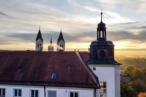 Stark sanierungsbedürftig waren insbesondere auch die Dächer der Anlage auf dem Domberg