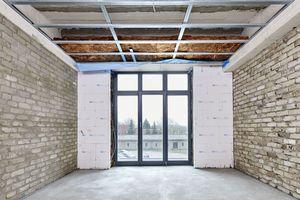 Von innen gedämmte Außenwände und neu aufgemauerte Innenwände