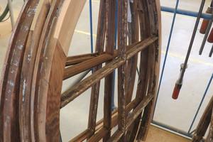 Ausgebesserte Ochsenaugenfenster fertig zum Beschichten<br />