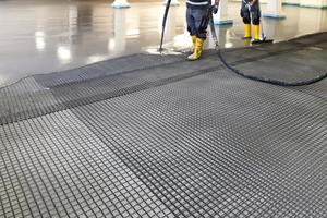An nur einem Tag wurde das Betonersatzsystem per Pump-Truck auf die Böden gegossenFotos: Koch GmbH