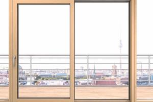 Besonders in Ballungsgebieten und Großstädten bieten sich Schallschutzfenster an.