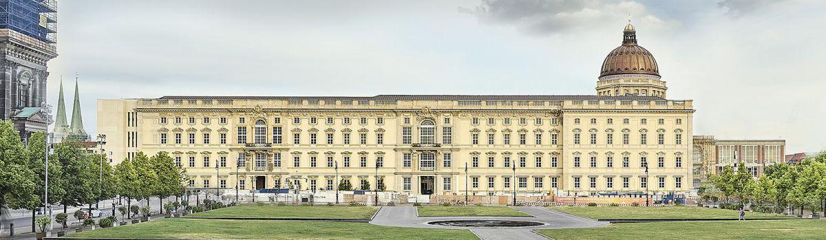 386 xxlfenster für das berliner schloss  bauhandwerk