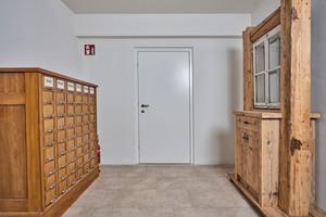 Die neuen Türen integrieren sich perfekt in den neuen Anbau und harmonieren mit dem alten Interieur