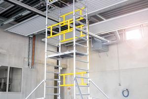 Mit dem neuen Ein-Personen-Gerüst kann der Handwerker Arbeitshöhen bis rund 6,10 m erreichen