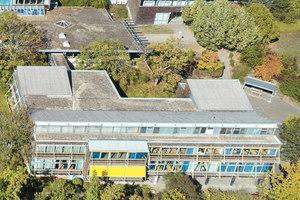Die Louis Lepoix Berufsschule in Baden-Baden aus der Vogelperspektive.