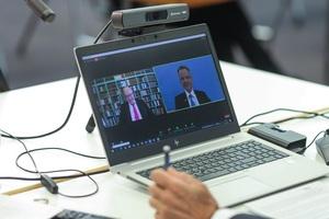 Im Live-Stream sprach Andreas Ehlert, Präsident der Handwerkskammer Düsseldorf (rechts), mit Wirtschaftsminister Peter Altmaier.