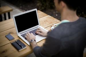 Bewerbungen per Post sind nicht mehr zeitgemäß. Vielmehr läuft der gesamte Prozess heutzutage online