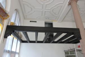 """Im 5 m hohen Erdgeschoss bauten die Handwerker eine """"Bobbelage"""" ein – der Frankfurter Name für ein niedriges Zwischengeschoss"""