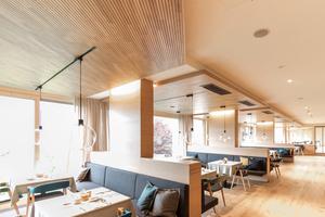 """Die Paneele """"Ligno Akustik light"""" können die Raumakustik als Decken- und Wandverkleidungen sowie im Möbel unterstützen"""