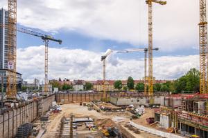 Früher hing die Bauablaufplanung auf den Baustellen von Mauss Bau im Büro an der Wand. Heute finde sie digital statt.