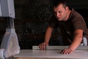 """Von der Komplettsanierung bis Einzel-Arbeiten reicht das Repertoire der """"Holzwerkerei"""""""