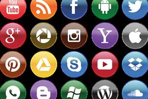 """Im Bereich Social Media hat man die Qual der Wahl. Ob Google oder Bing als Suchmaschine genutzt werden sollten, hängt von jeweiligen Unternehmen und ihrer Zielgruppe ab. Der Buchstabe """"B"""" steht dabei für Bing."""