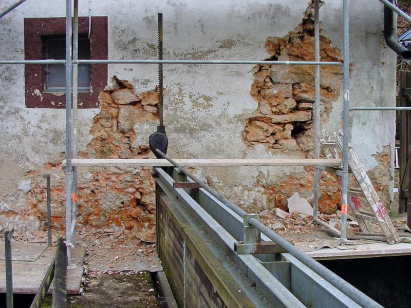 naturstein instandsetzen teil 1 sch den und instandsetzung von natursteinmauerwerk bauhandwerk. Black Bedroom Furniture Sets. Home Design Ideas