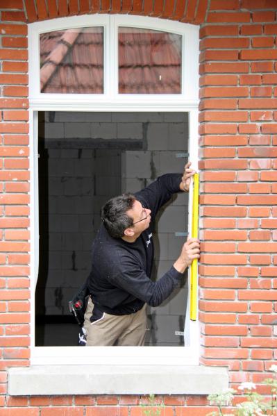 Offenes fenster holz  Holz statt Kunststoff Das richtige Beschichtungssystem für Fenster ...