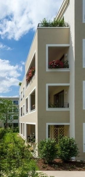 farbspiel mit faschen neubau von sieben geschosswohnungsbauten in w rzburg bauhandwerk. Black Bedroom Furniture Sets. Home Design Ideas