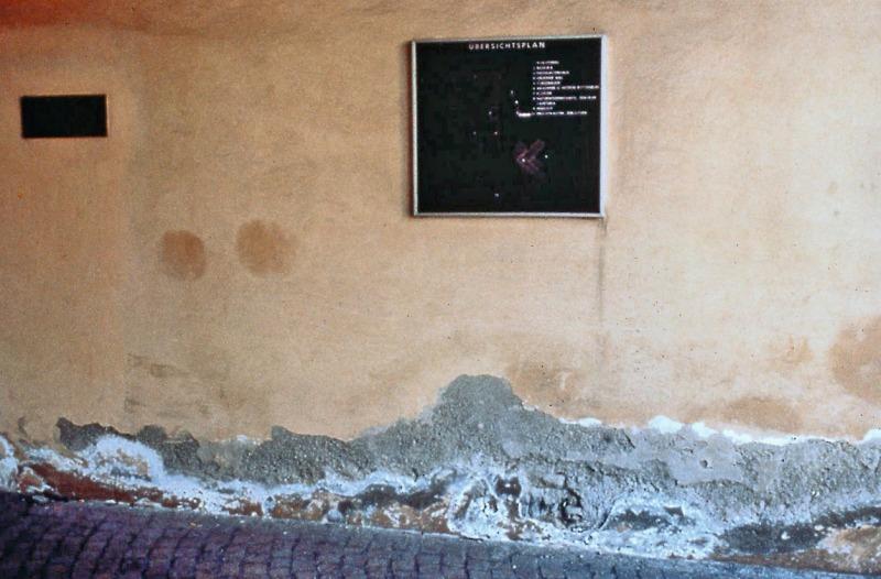 Salzspeicher Reparatur von salzgeschädigtem Mauerwerk mit Sanierputz ...