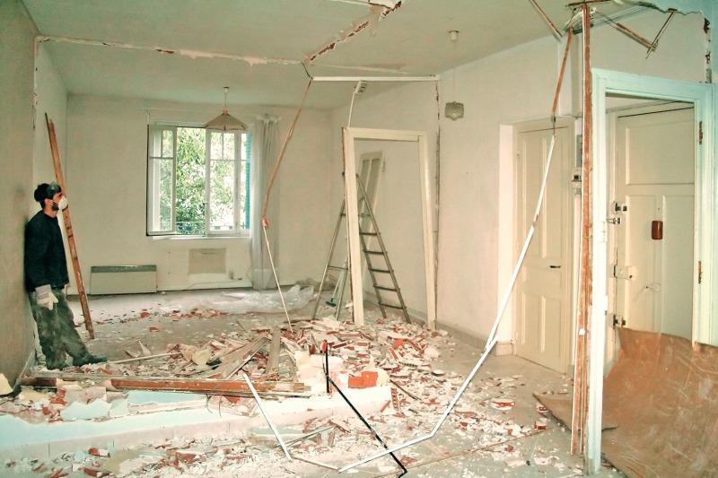 durchatmen kontrollierter umgang mit staub auf der baustelle bauhandwerk. Black Bedroom Furniture Sets. Home Design Ideas