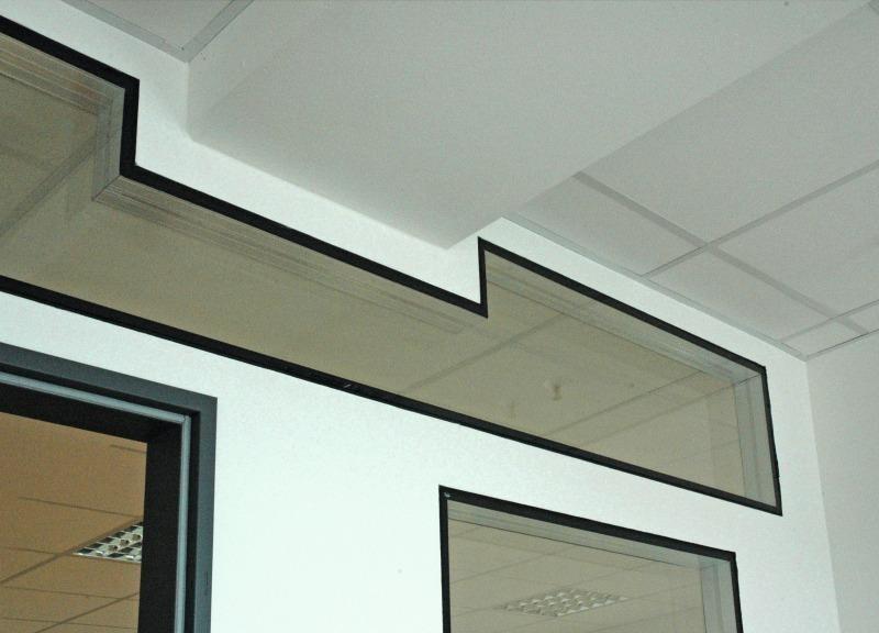 Häufig Verbindung von Glas und Trockenbauwand - Bauhandwerk AK52