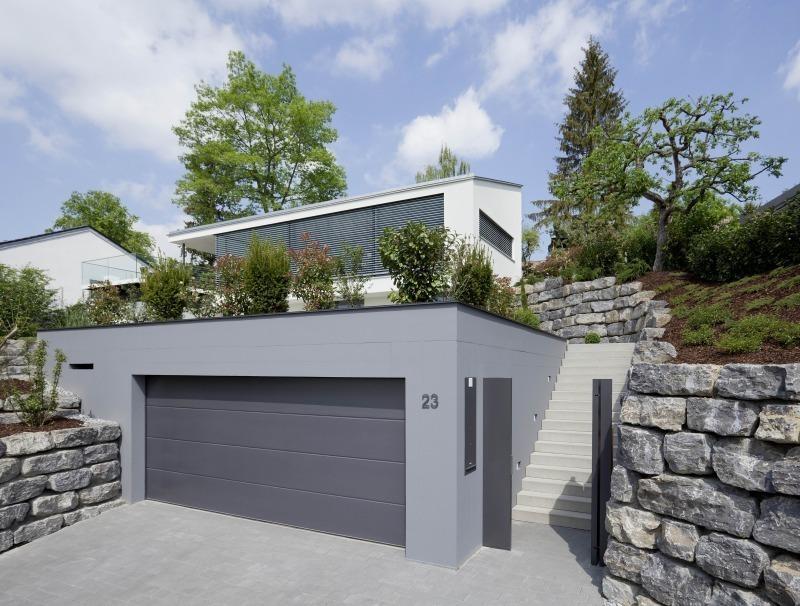 Kraftwerk neubau eines plusenergiehauses in leonberg for Garteneingang gestalten