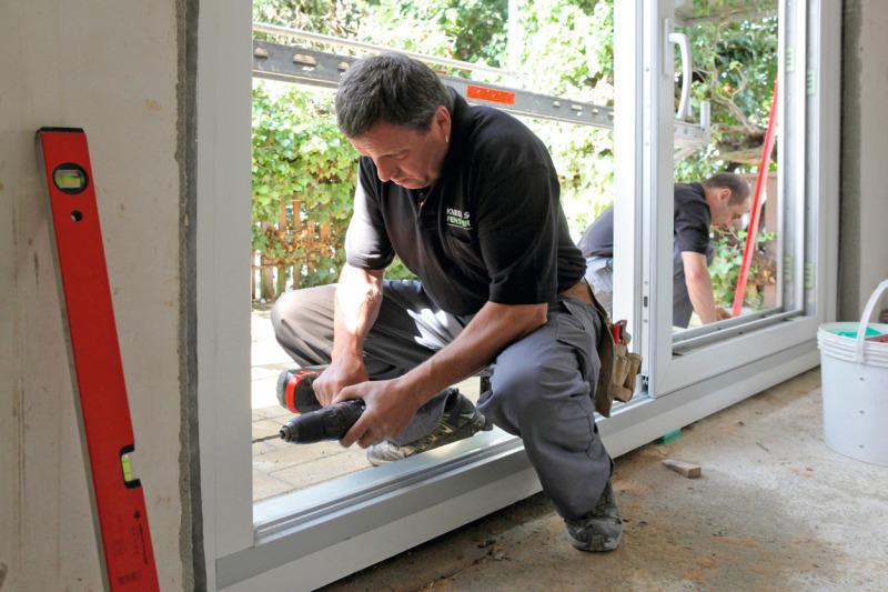 Fachgerechter fenstertausch luftdichte montage nach den - Fenster ral montage altbau ...