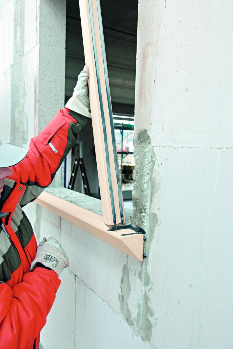Fenster vor die Wand geklebt - Bauhandwerk