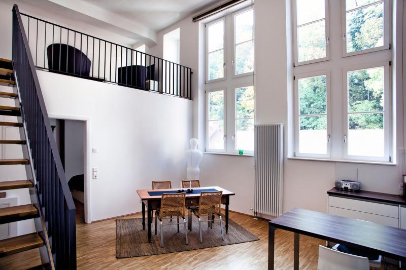 loft wohnungen mit hohen decken zählen zu den exklusivsten, Innenarchitektur ideen
