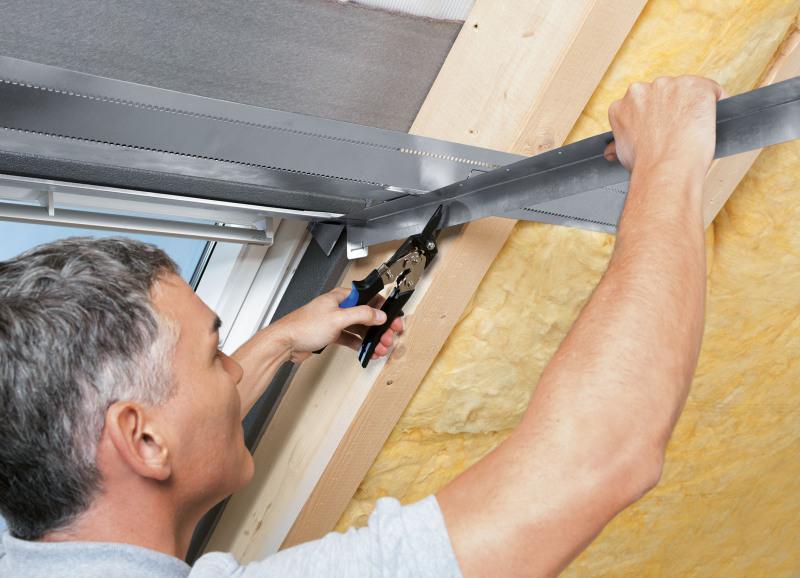 Dachfenster verkleiden  Flexible Montage Individuell einstellbares Innenfutter für ...
