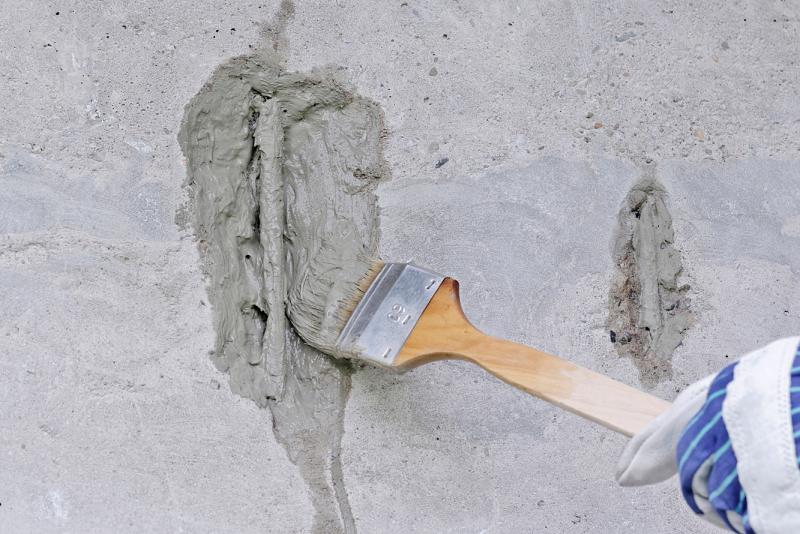 Bekannt Beton ausbessern in sechs Schritten - Bauhandwerk VI67