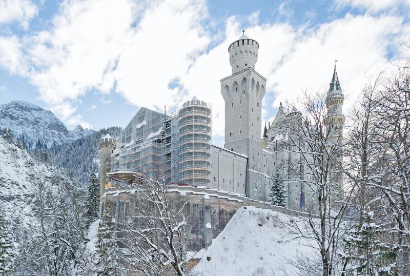 Gerust Und Beheizte Planen Fur Den Torbau Von Schloss Neuschwanstein Bauhandwerk