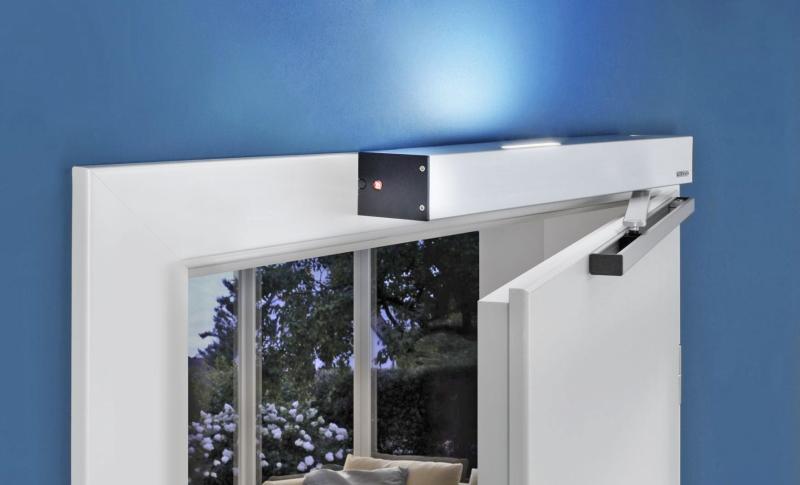 t ren per knopfdruck und im vor bergehen ffnen bauhandwerk. Black Bedroom Furniture Sets. Home Design Ideas