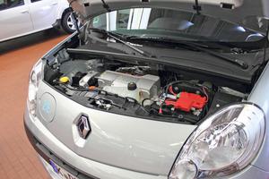 Blick unter die Motorhaube: Elektromotor, Getriebe und Differenzial sind in einem Gehäuse integriert<br />