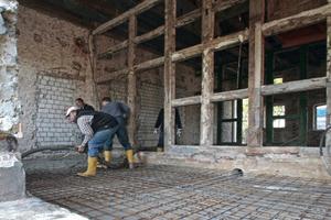 Betonieren der neuen Bodenplatte