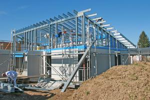 """Moderne Pultdacharchitektur für ein Wohnhaus in Wangen umgesetzt mit Edificio-Profilen in Stahlleichtbauweise<span class=""""bildnachweis"""">Fotos: Protektorwerk</span>"""