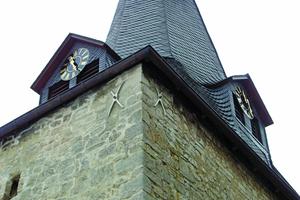 Christuskirche Bönnien: Eine Zugverankerung mit Andreaskreuzen als Außenbefestigung gibt dem Gebäude Stabilität.Fotos: W. Modersohn GmbH & Co. KG